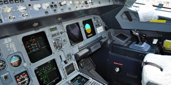 Cockpit Airbus Alitalia