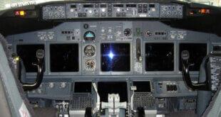 Cockpit Ryanair