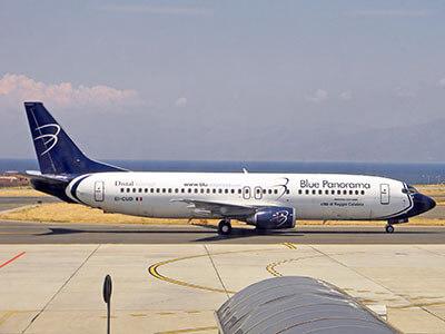 Aeroporto Reggio Calabria BluExpress B737